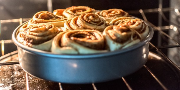 Cinnamon-Rolls-Baking-in-Oven